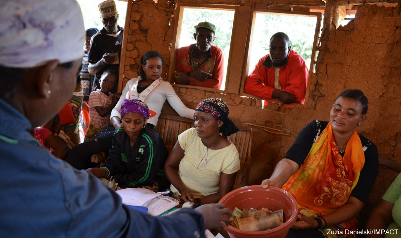 DRC Communities Look Towards Future as Confidence in their Savings Capacity Grows